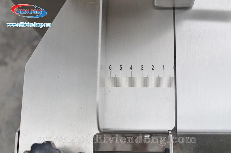 Máy cưa xương INOX lật 120A
