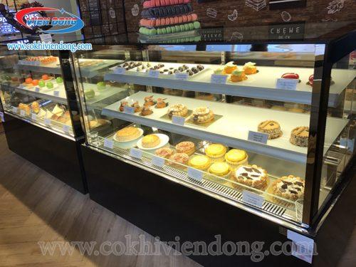tủ trưng bày bánh kem 2