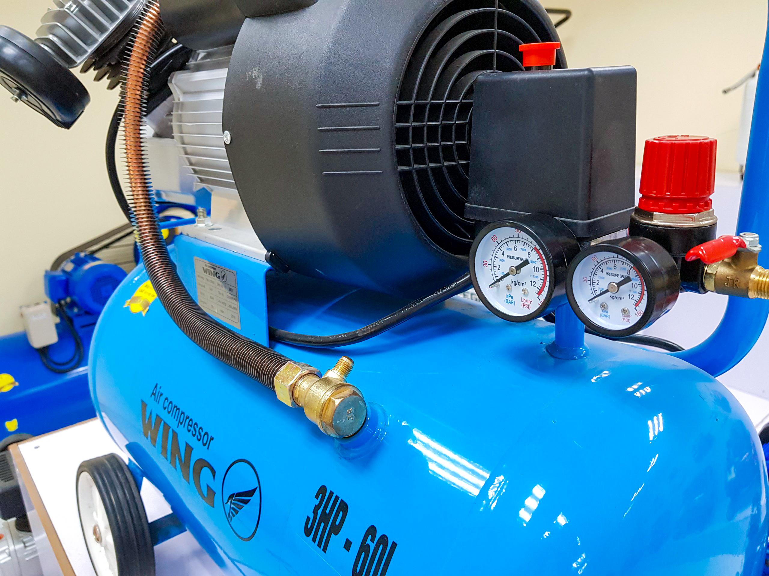 Giá đầu máy nén khí 3HP
