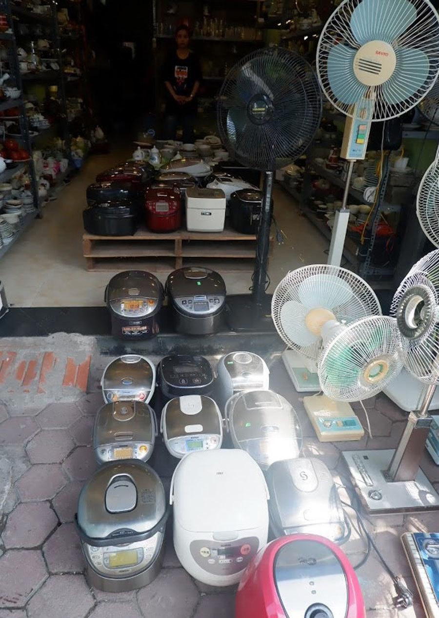 Nơi mua bán đồ cũ